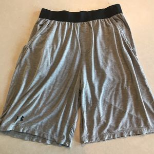 Under armour sleep recovery shorts, large